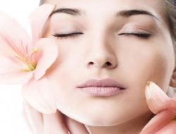 7 Quick Home Remedies for Glowing Skin within a Week