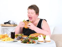 Overeating Shortens Your Lifespan