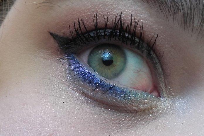Eyes in Summer